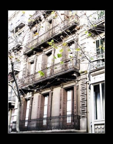 IMG 1101 - Балконы Барселоны: краткий путеводитель для ищущих возможности потерять себя