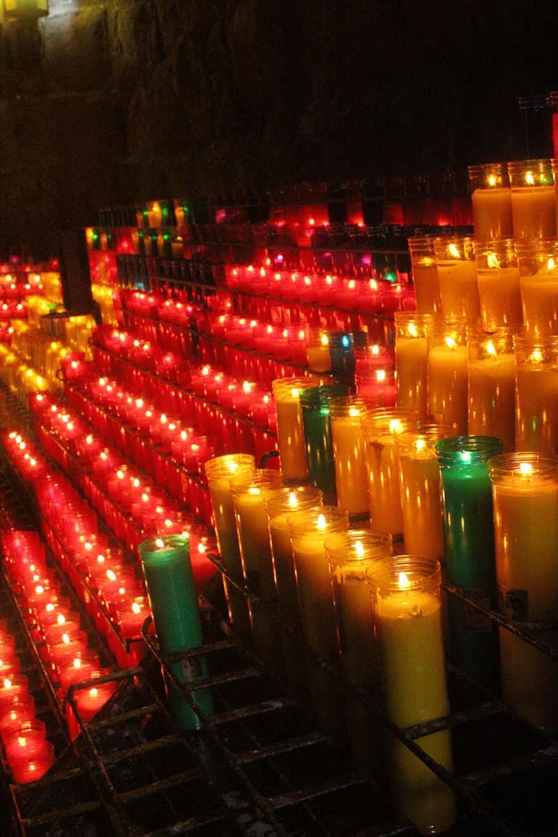 Череда свечек