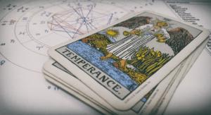 Консультация с помощью Таро и астрологии (1 тема)