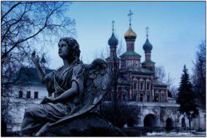 Moskva.-Novodevichiy-monastyr.-11929655495-300x200